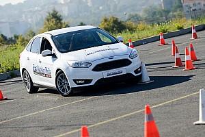 GENEL Haberler Ford Sürüş Akademisi, genç sürücüleri Murat Bostancı ile eğitti