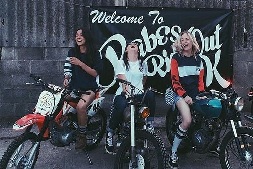 Girls on Bike/VC London : les filles à l'assaut du Red Bull Alpenbrevet !