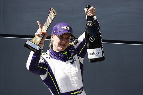 Silverstone W Series: Powell profits from Wohlwend error to win