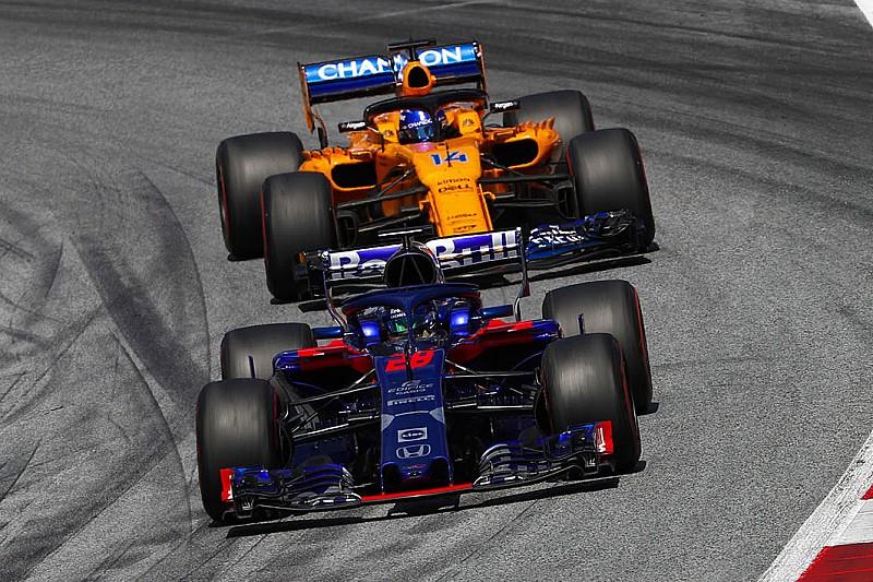 Alonso varázsolt: tavalyi első szárnnyal szerzett pontot a bokszból rajtolva