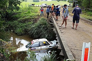 WRC Ultime notizie Brutto incidente al Rally d'Australia: un equipaggio finisce nel fiume!