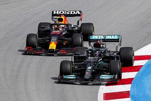 Verstappen: Egyedül vagyok a Mercedesek elleni harcban…