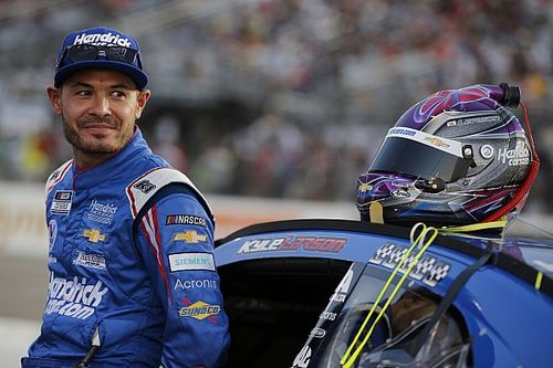 """NASCAR pit decision by Hendrick Motorsports a """"blown call"""""""