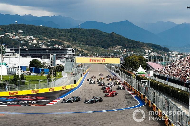 Hamilton ingin balapan Sochi dibalik ke arah berlawanan