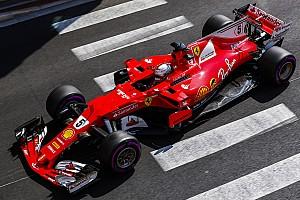 Vettel: Mercedes'in performans eksikliği tuhaftı
