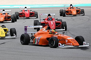 Formula 4 SEA Race report F4 SEA Sepang: Drama bensin di Race 3, semua pembalap gagal finis
