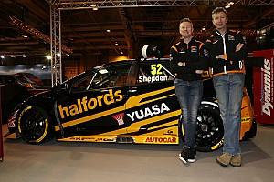 BTCC Breaking news Honda BTCC squad unveils drivers and new livery for 2017