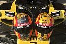 Formule 1 Carlos Sainz demande aux fans de choisir son casque