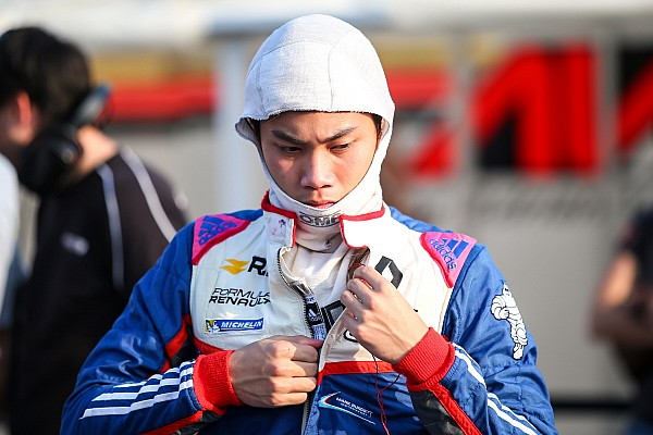 Indian Open Wheel MRF Bahrain: Naik tiga posisi, Presley Martono finis kelima di Race 3