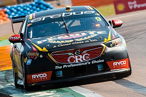 Supercars Qualifying report Darwin Supercars: Reynolds snatches Saturday pole