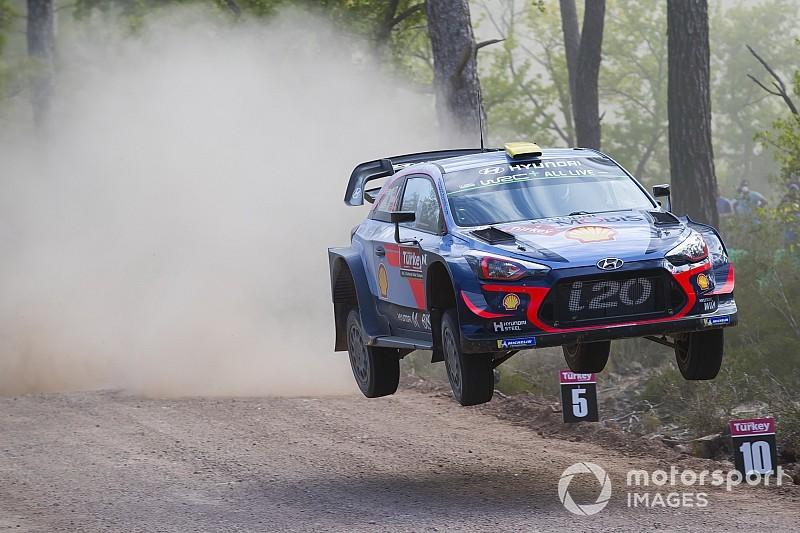 WRC Türkiye: Mikkelsen gaza bastı, Breen'le farkı açtı
