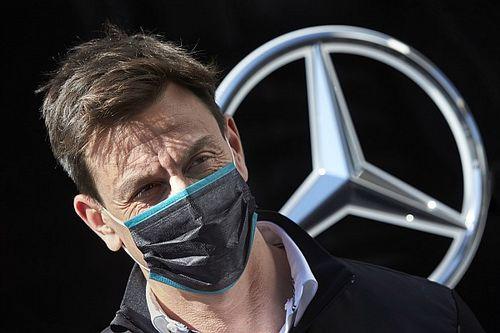 Wolff: ''Mercedes'in F1'den ayrılma ihtimali, uzaylıların dünyaya inme ihtimali ile aynı''