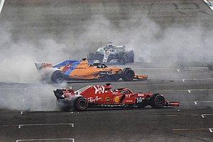 Photos - Alonso, Hamilton et Vettel animent l'après-course