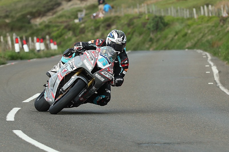 Isle of Man TT 2018: Michael Dunlop holt 17. Sieg
