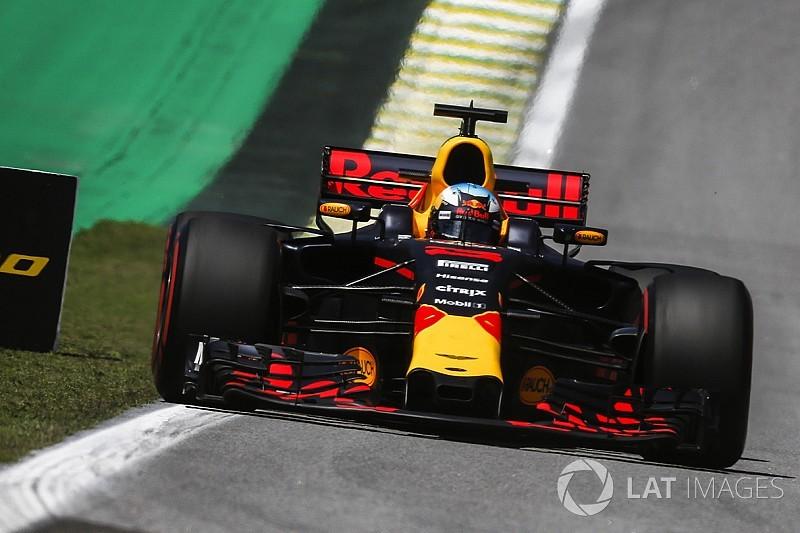 """Ricciardo: """"Impensierire le Mercedes? Più realistico se pioverà"""""""