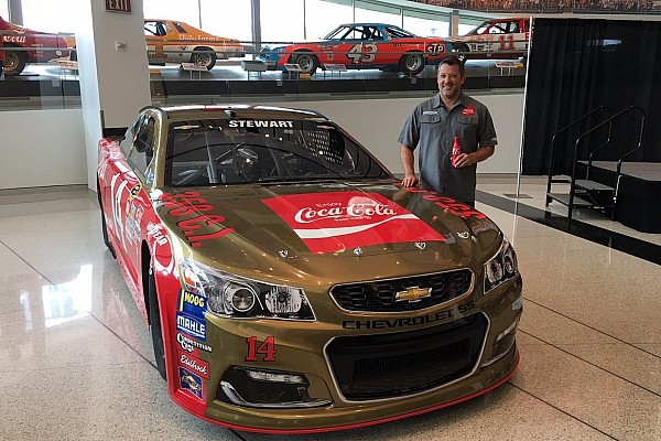 Tony Stewart to run iconic Bobby Allison scheme in Southern 500