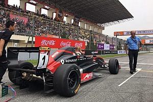 Formula Renault 比赛报告 亚洲雷诺方程式第一回合:澳门小将梁瀚昭处子秀获胜
