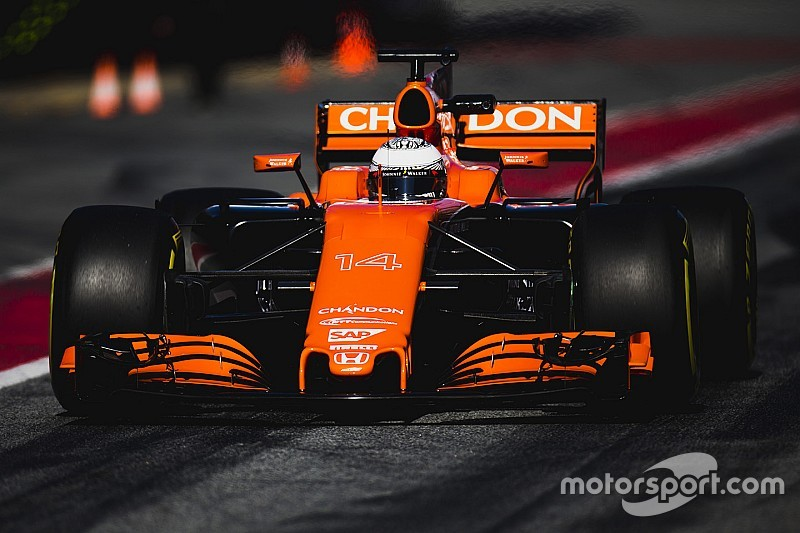 """Alonso : """"Pas de fiabilité et pas de puissance"""" avec le moteur Honda"""