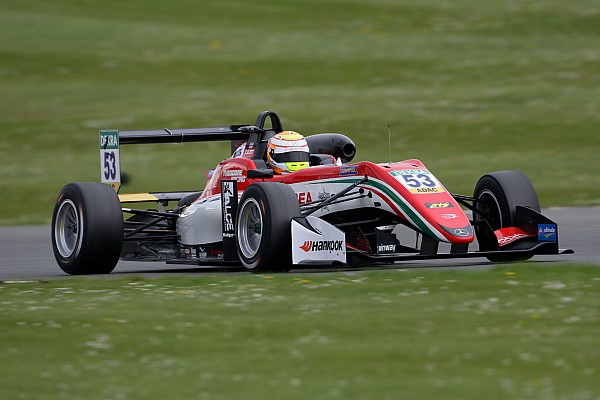 Євро Ф3 Репортаж з практики Євро Ф3 у Монці: Ілотт виграв практику, Шумахер провалився