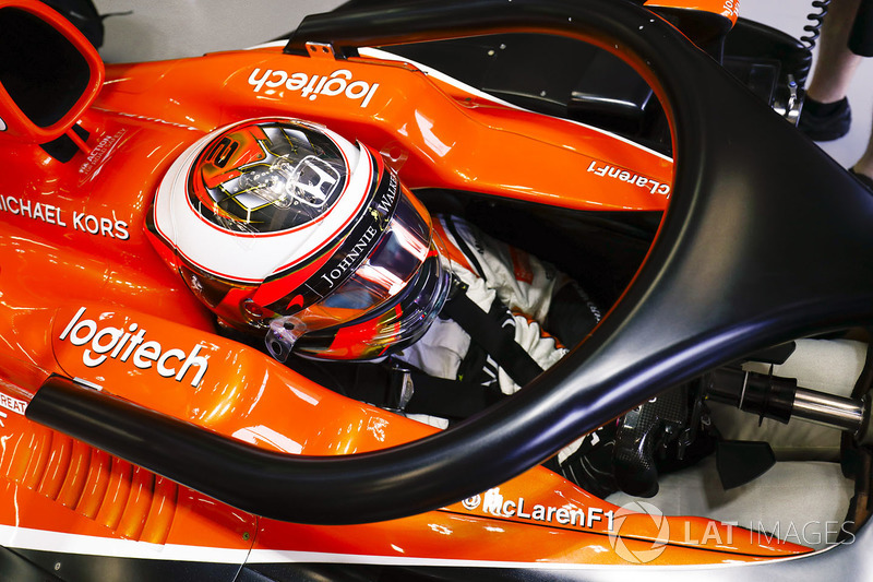 Stoffel Vandoorne, McLaren, Halo device fitted
