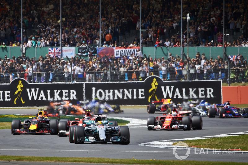 Lewis Hamilton, Mercedes AMG F1 W08, Kimi Raikkonen, Ferrari SF70H, Max Verstappen, Red Bull Racing RB13, Sebastian Vettel, Ferrari SF70H