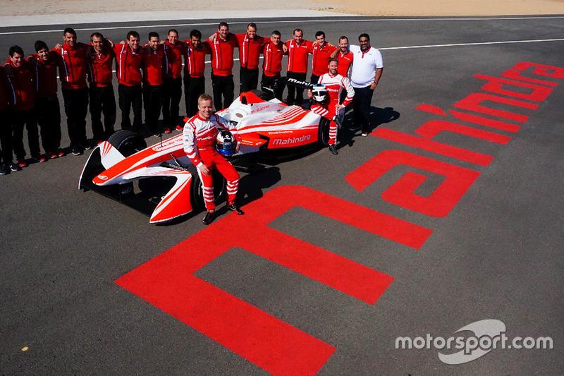 Foto de grupo de Mahindra Racing