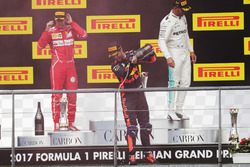 Podium: third place Daniel Ricciardo, Red Bull Racing, second place Sebastian Vettel, Ferrari, Race winner Lewis Hamilton, Mercedes AMG F1