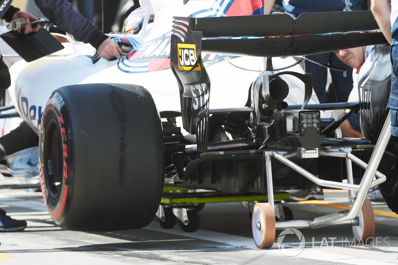 Задняя часть Williams FW40