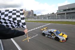 #17 Audi Sport Team WRT Audi R8 LMS: Робін Фрейнс, Стюарт Леонард