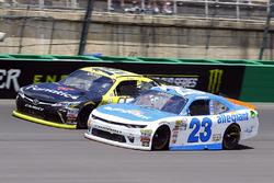 Matt Tifft, Joe Gibbs Racing Toyota ve Spencer Gallagher, GMS Racing Chevrolet
