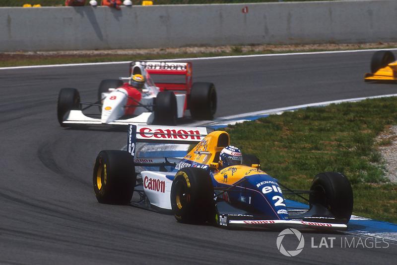 Prost, con su Williams, fue abriendo hueco ante un Senna que se acercaba a Hill