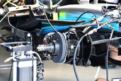 Mercedes-Benz F1 W08  front brake and wheel hub