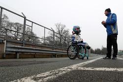 Billy Monger, Carlin'in MSV Formula 3 aracını test ederek tek koltuklu yarışlara geri dönüyor