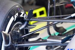 Mercedes-AMG F1 W09 EQ Power+ front suspension detail