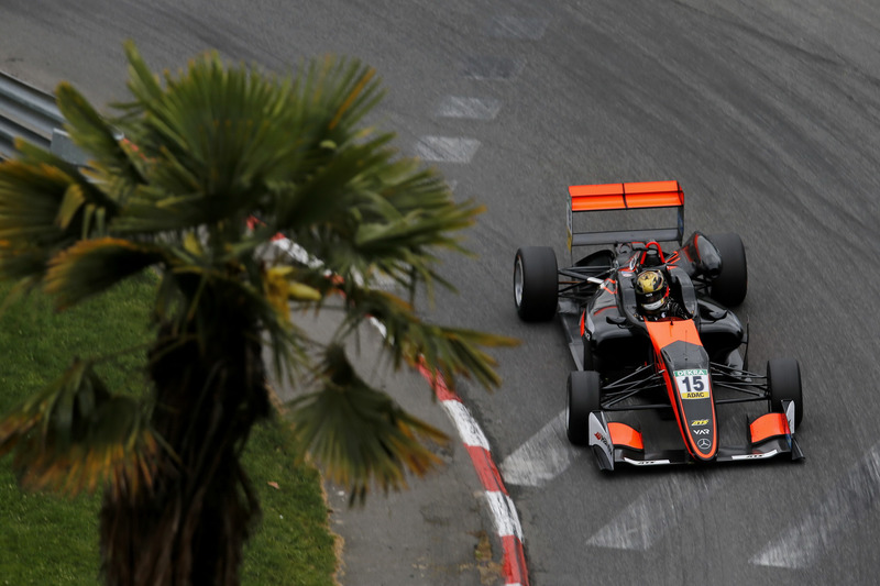Кейван Андрес, Van Amersfoort Racing, Dallara F317 Mercedes-Benz