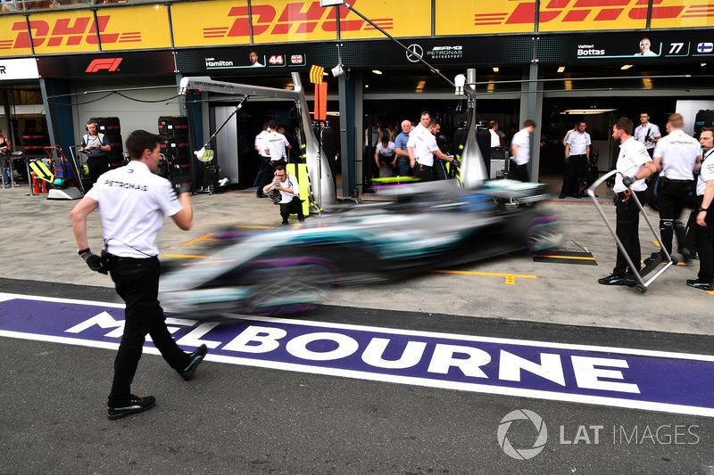 Valtteri Bottas, Mercedes-AMG F1 W09 and Toto Wolff, Mercedes AMG F1 Director of Motorsport