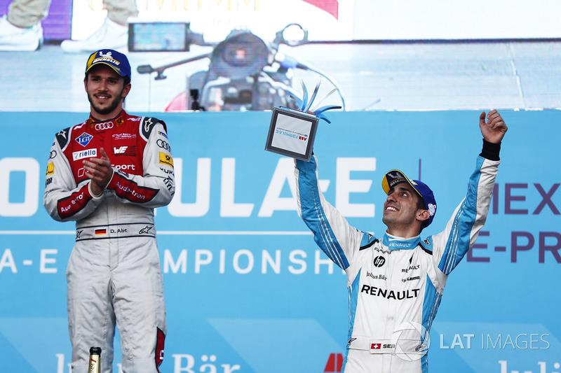 Daniel Abt, Audi Sport ABT Schaeffler, celebra con Sébastien Buemi, Renault e.Dams