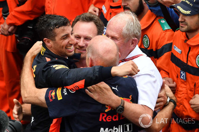 Race winner Daniel Ricciardo, Red Bull Racing celebrates with Christian Horner, Red Bull Racing Team Principal, Adrian Newey, Red Bull Racing and Dr Helmut Marko, Red Bull Motorsport Consultant in parc ferme