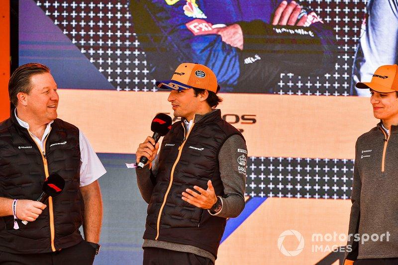 Zak Brown, McLaren Executive Director, Carlos Sainz Jr., McLaren and Lando Norris, McLaren at the Federation Square event