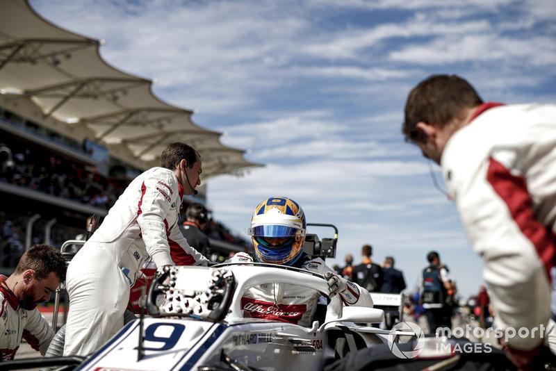 Marcus Ericsson, Sauber, in griglia di partenza