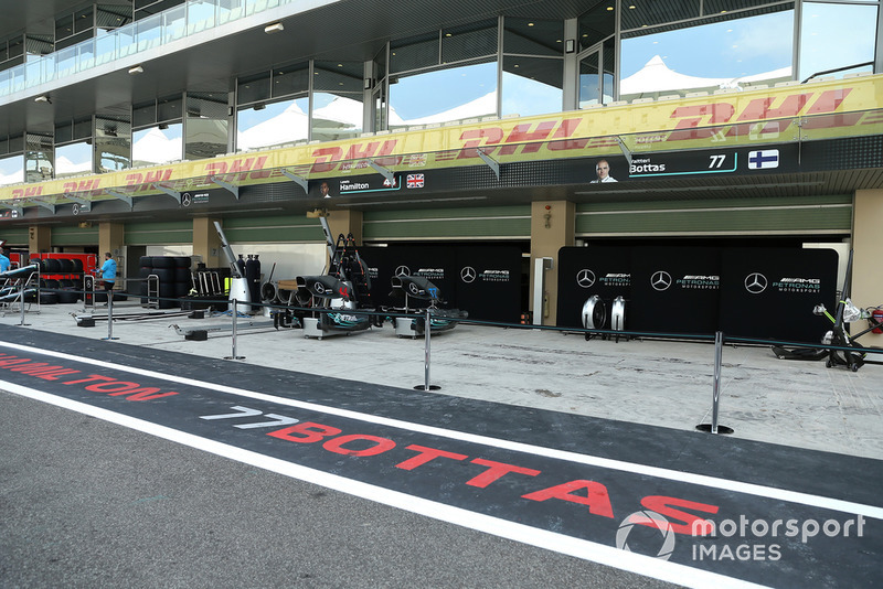 Garage Mercedes-AMG F1