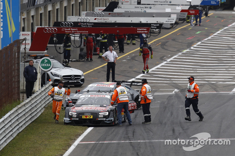 Adrien Tambay, Audi Sport Team Rosberg, Audi RS 5 DTM and Maximilian Götz, Mercedes-AMG Team HWA, Mercedes-AMG C63 DTM, after the start crash