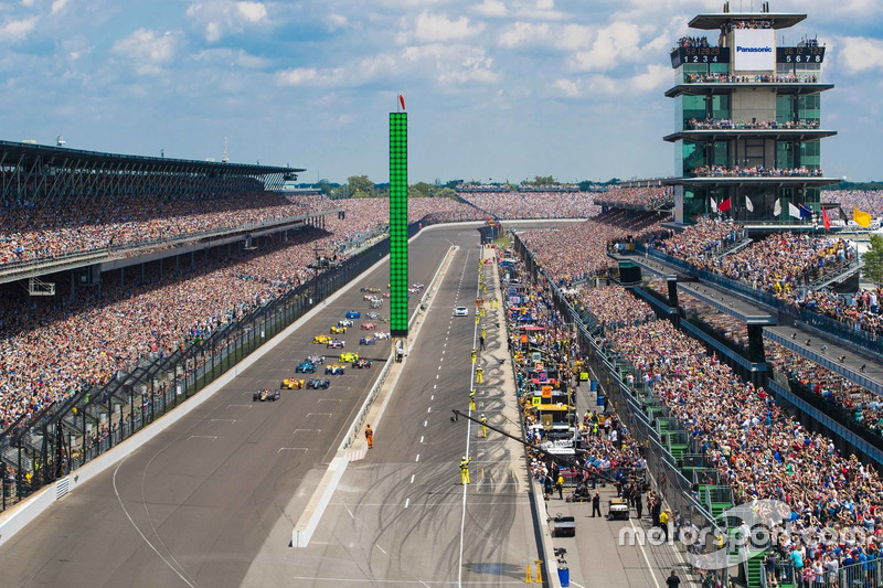 震撼的第100届Indy 500大赛发车瞬间