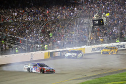 A.J. Allmendinger, JTG Daugherty Racing Chevrolet crash