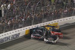 Crash de Kurt Busch, Stewart-Haas Racing Chevrolet