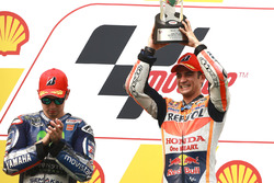 Podium : le vainqueur Dani Pedrosa, Repsol Honda, le deuxième Jorge Lorenzo, Yamaha