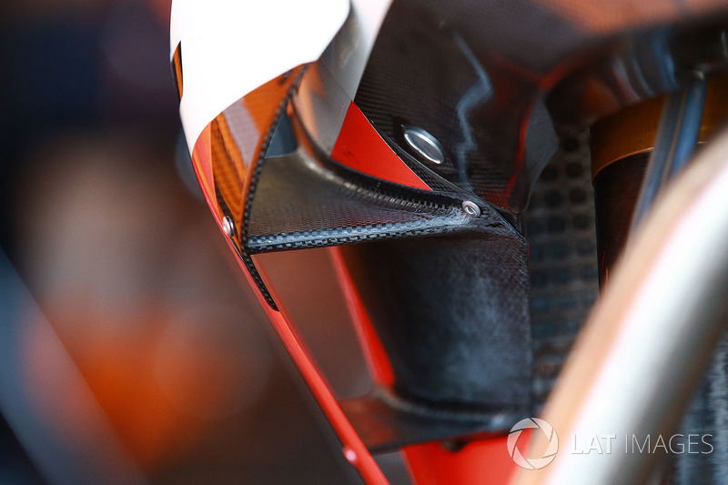 تفاصيل دراجة مارك ماركيز، ريبسول هوندا