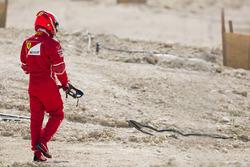 Kimi Raikkonen, Ferrari, retourne à son garage