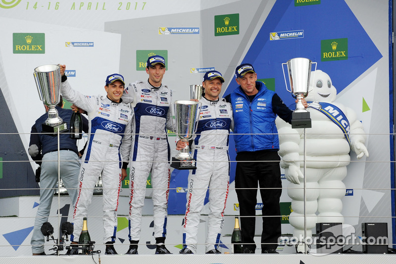 Podium GTE-Pro: Race winners #67 Ford Chip Ganassi Racing Ford GT: Andy Priaulx, Harry Tincknell, Pipo Derani