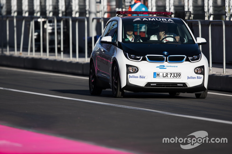 Medical-Car: BMW i3